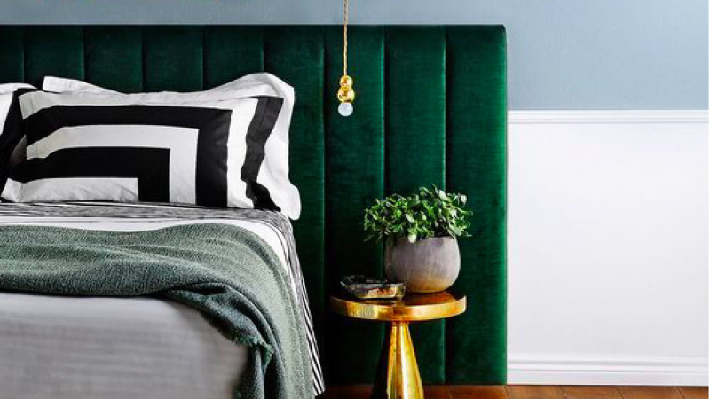 2017 interior design trends. In & out. Hot & not.
