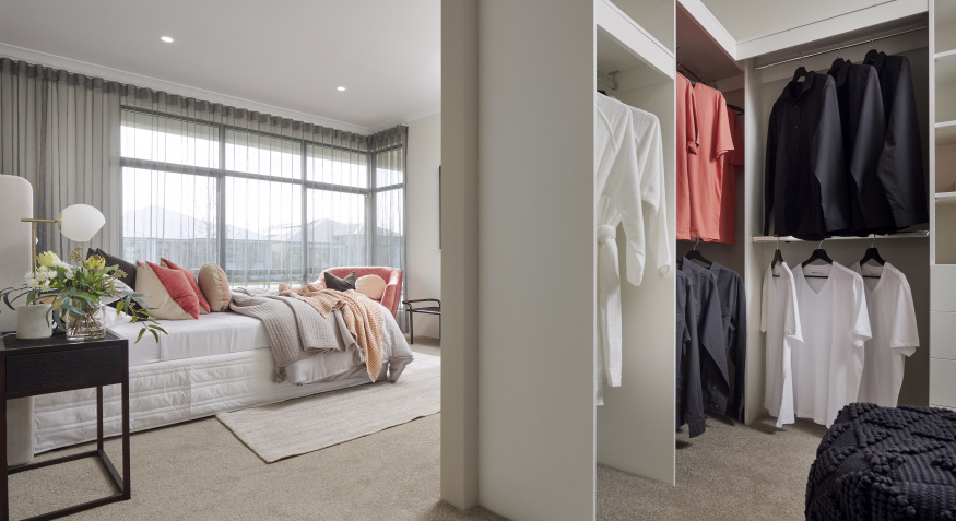 Southport Display Home Walk in Robe